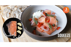 Classic Smoked Salmon แซลมอนรมควัน